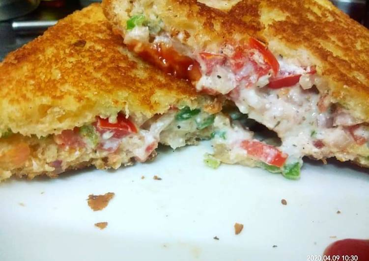 Simple Way to Prepare Perfect Hung curd mix veg cheezy sandwich