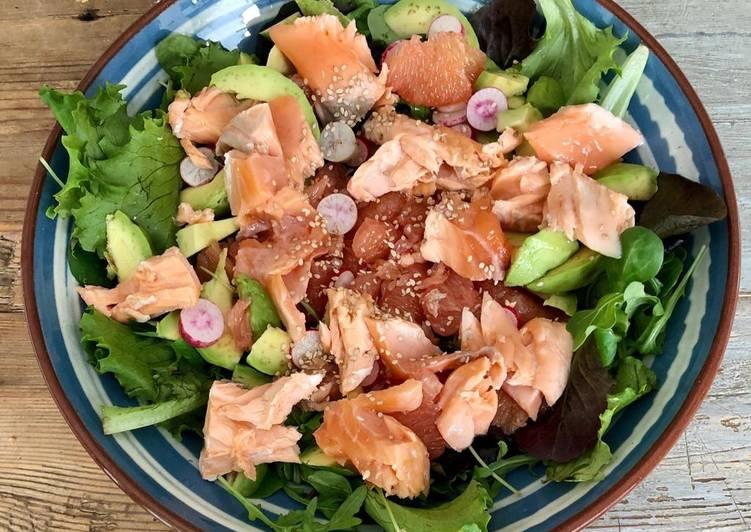 Salade au saumon mi-cuit