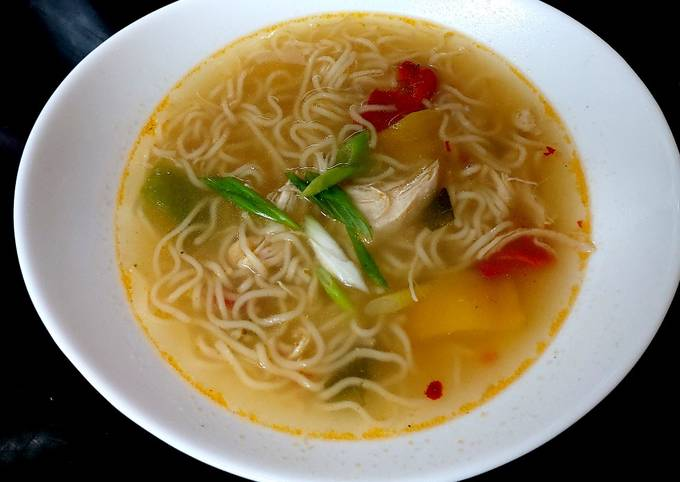 My Quick Chicken Chilli Noodle Soup 😘