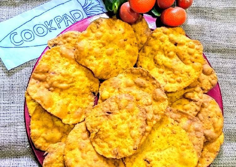 Gluten Free Besan Paappri