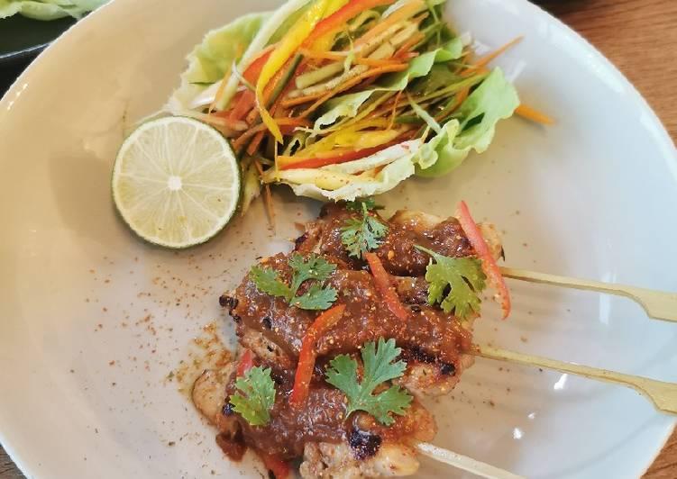 Chicken Yakitori, crunchy lettuce wrap