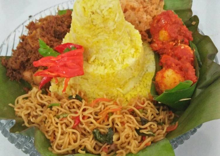 Tumpeng Mini Rice Cooker