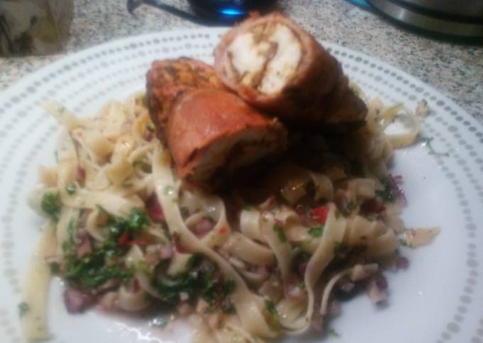 Recipe: Tasty Cajun Chicken wrapped with bacon on Chimichurri Tagliatelle