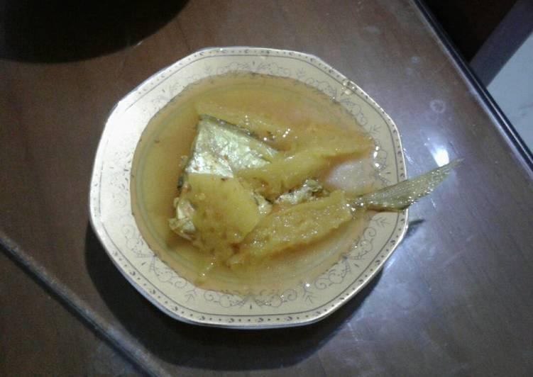 Ikan lempah kuning nanas