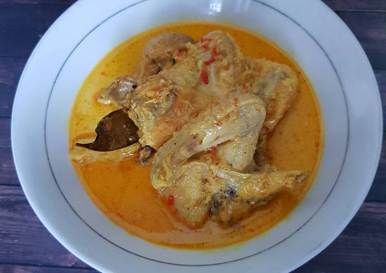 59. Kare Ayam - cookandrecipe.com