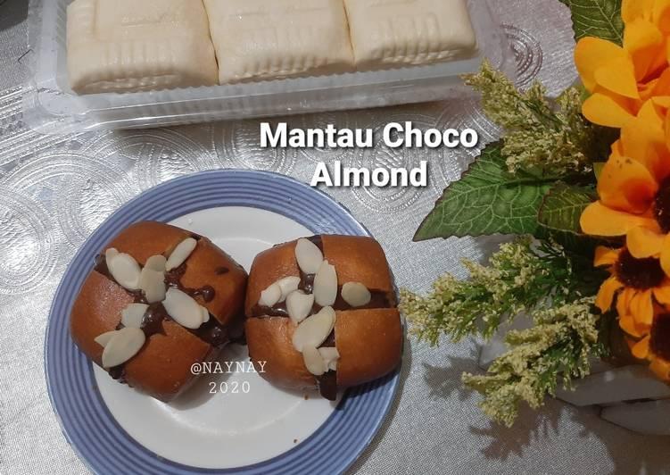 Mantau Choco Almond