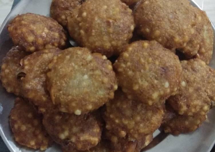Step-by-Step Guide to Make Perfect Sabudana/sago vada