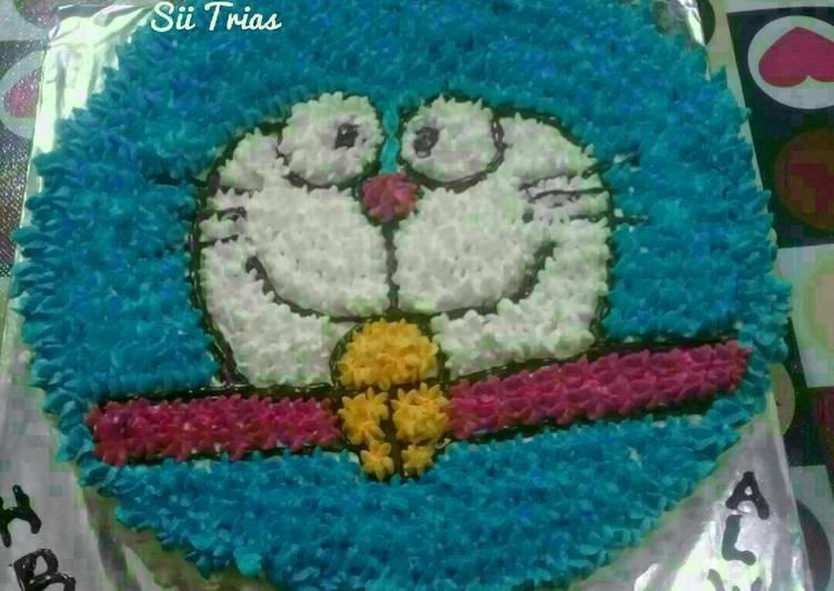 Cake Ultah Doraemon (blackforest tanpa butter lembut & simple)