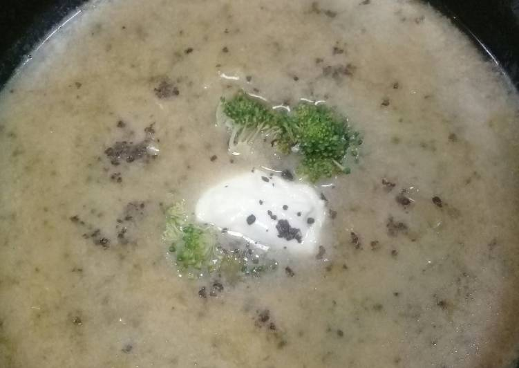 How to Elevate Your Mood with Food Brocolli Potato Soup