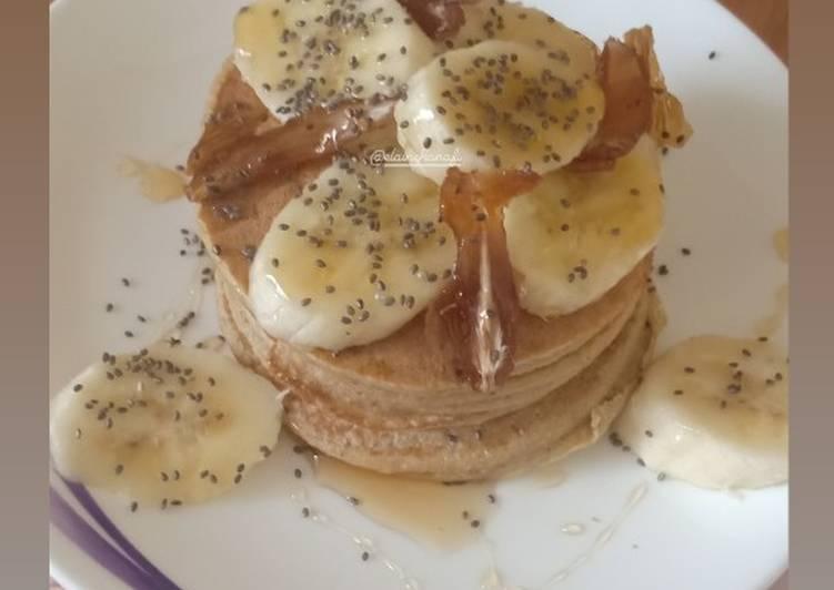 Banana Almond Oat Pancake