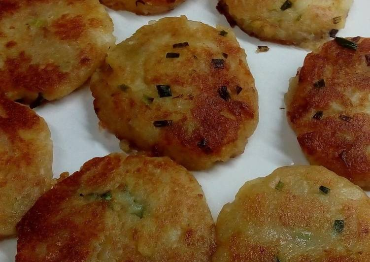 How to Cook Tasty Pan Fry Potato Cake Without Egg