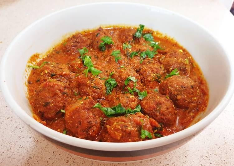 Mixed veg ball curry