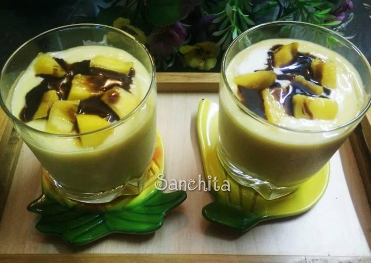 Recipe: Delicious Eggless Quick Mango Cookie Mousse