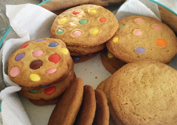 Smarties Cookies 🍪 (aka M&M cookies)
