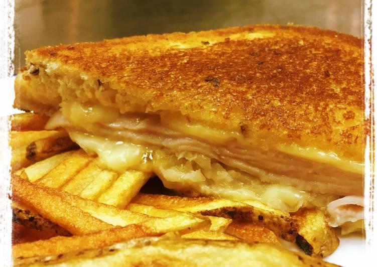 Simple Way to Make Speedy Smoked Turkey Reuben Sandwich
