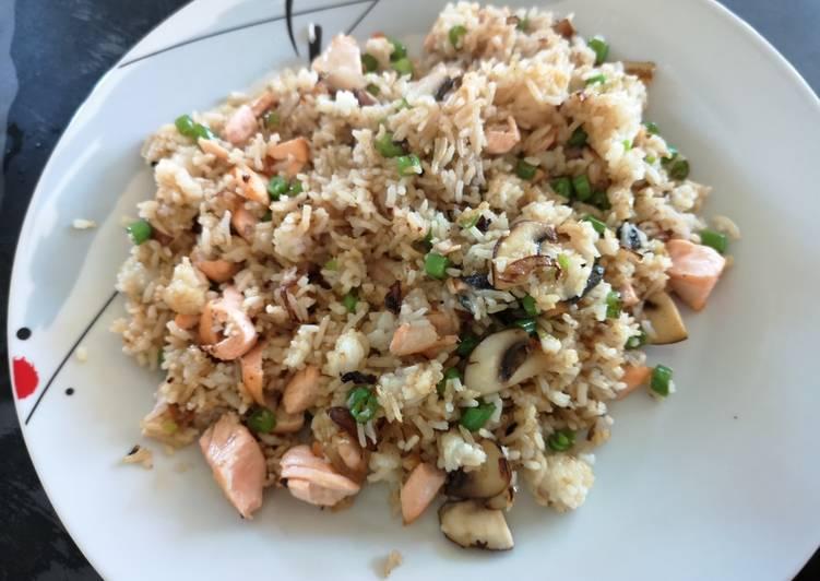 Resep Nasi Goreng Salmon Top