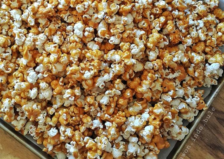 Simple Way to Prepare Favorite Caramel Popcorn