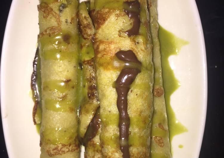 Banana roll pancake