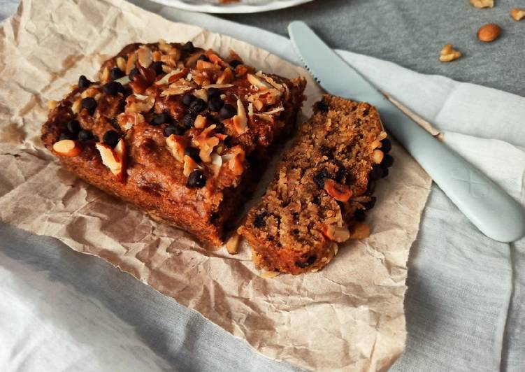 Banana walnut oats cake