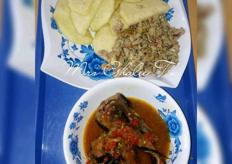 Steps to Make Homemade Fry yam with egg sauce and fish pp soup