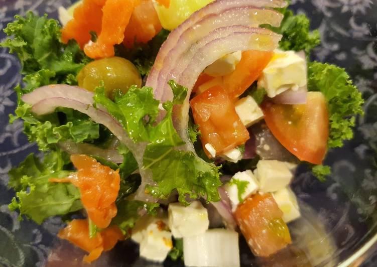 How to Make Yummy Smoked Salmon Salad