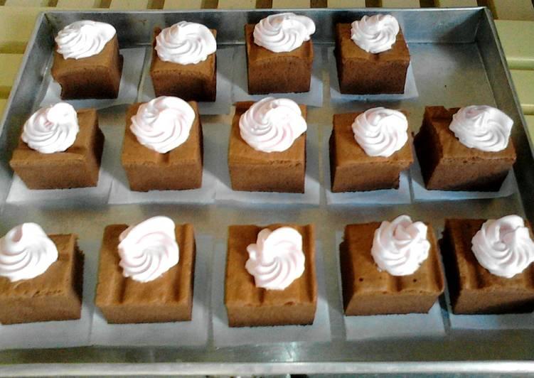Ogura Coklat Cake