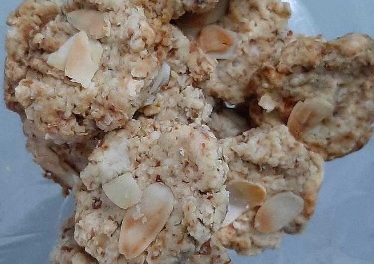 Cookies Almond Kurma