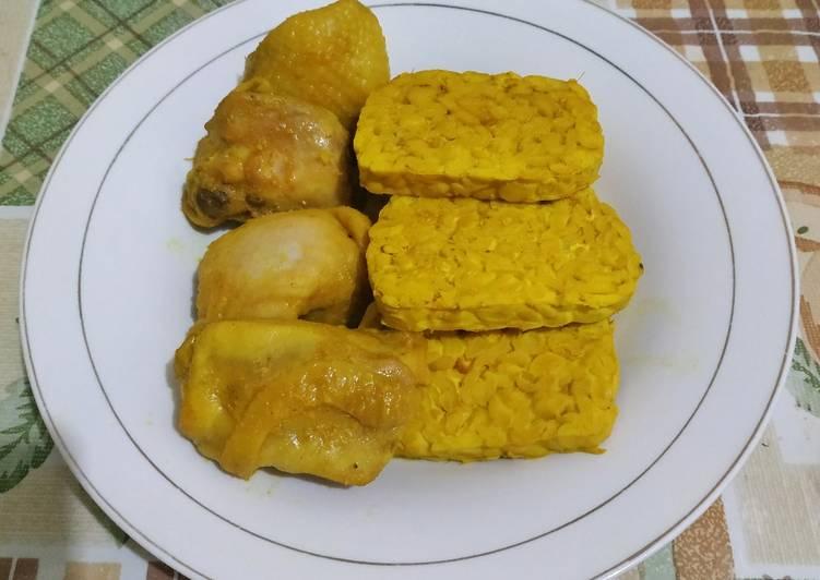Ayam Ungkep Kuning Ala Pecel Ayam Kaki Lima