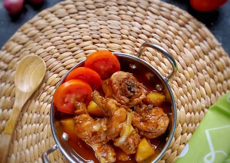 Semur Ayam Saus Tomat