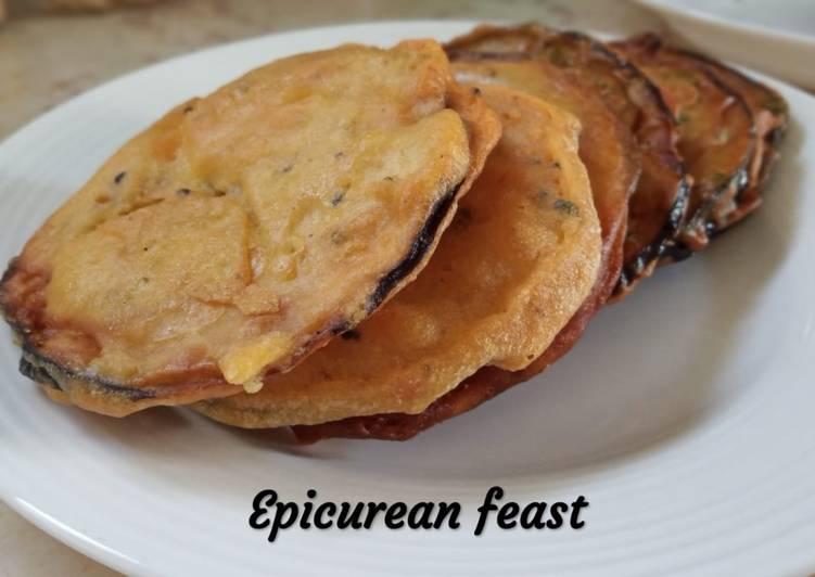 Beguni/ Eggplant fritter