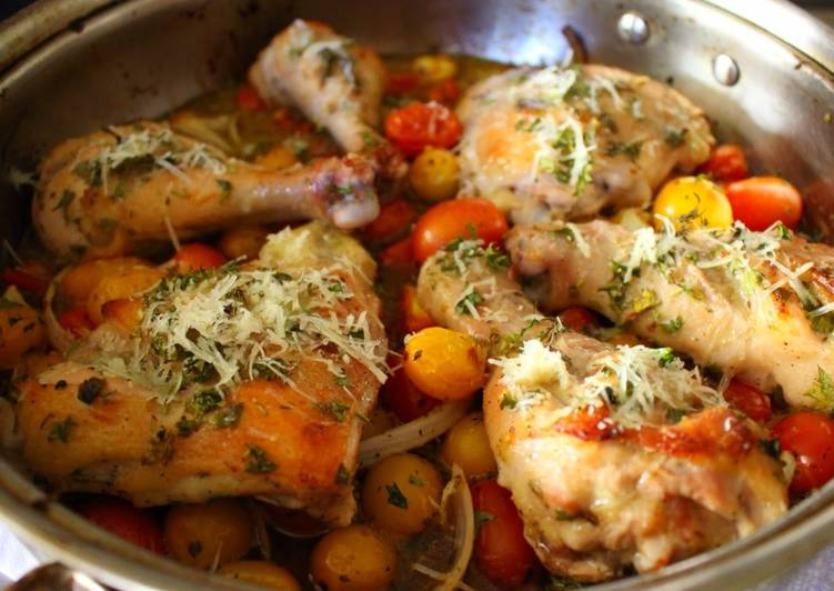 Easiest Way to Prepare Tasty Easy One Pan Italian Dressing Roast Chicken + Fresh Tomato Sauce