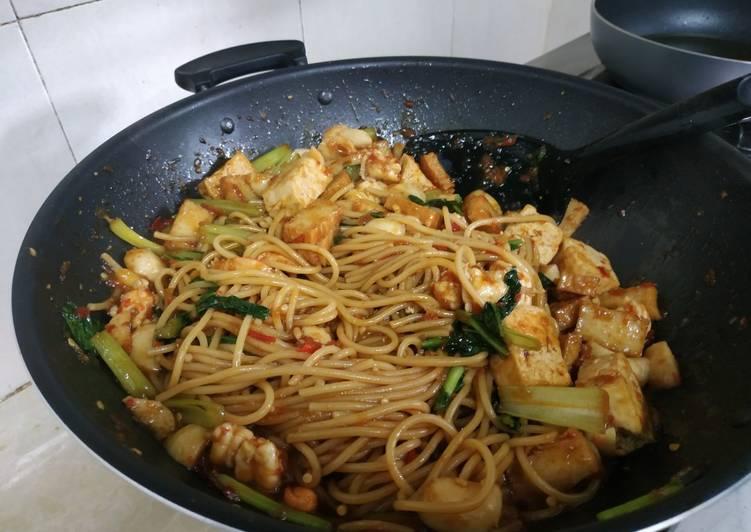 Spaghetti goreng mama