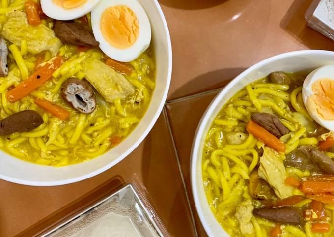 Simple Way to Prepare Perfect Lomi (Filipino chicken egg noodle soup)