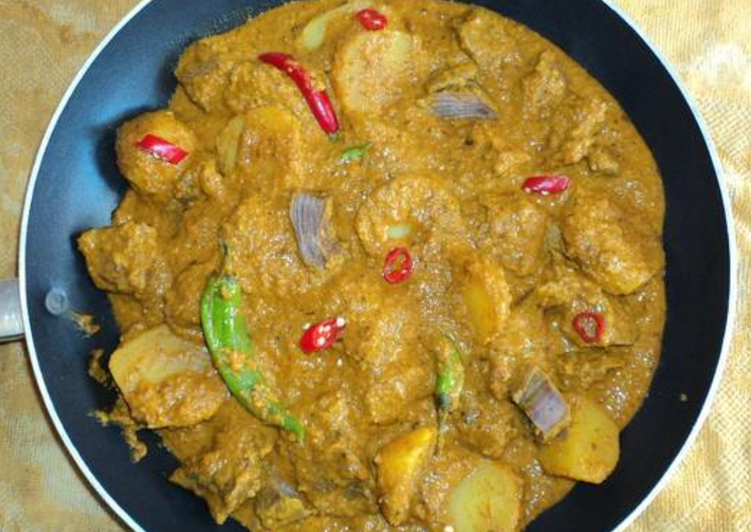 Steps to Make Speedy Aubergine and potato curry