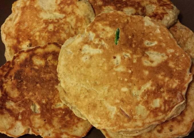 Apple Banana Oatmeal Pancakes