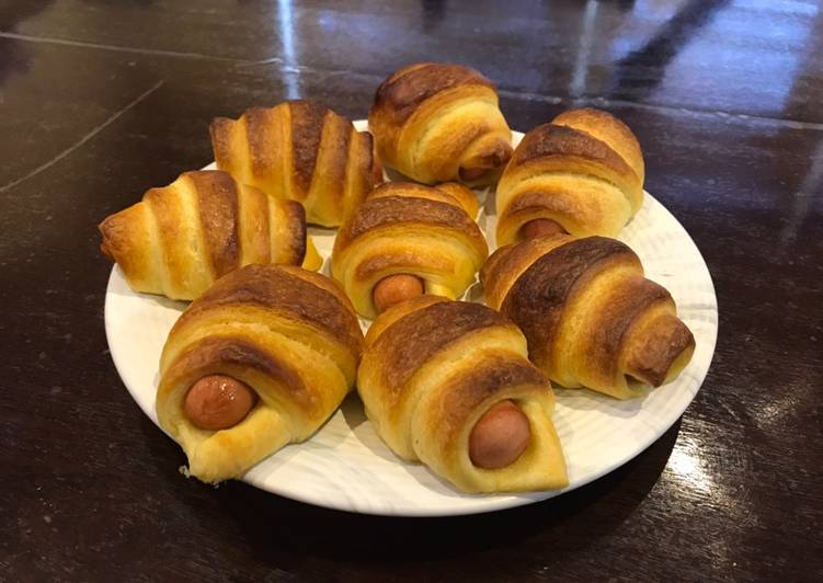 Recipe: Delicious Croissant sausage roll