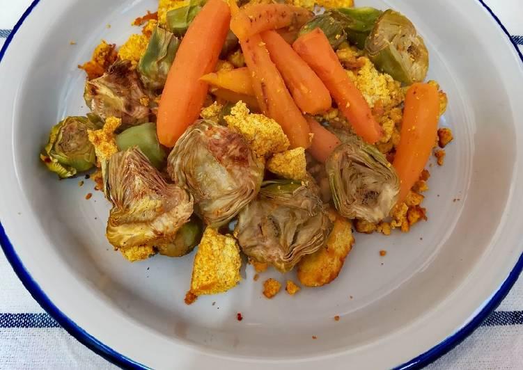Revuelto de tofu con alcachofas y zanahorias