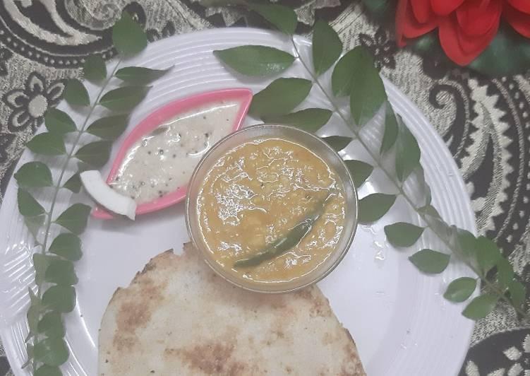 Appam Kerala style with Coconut Chutney