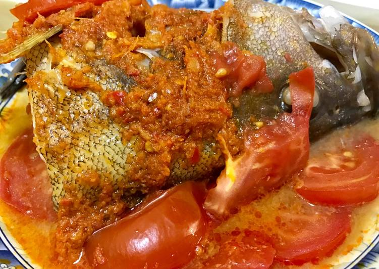 How to Make Appetizing Asam Fish Head with Tomato
