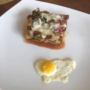 Tarta de hoja de remolacha y berenjena (sin masa)