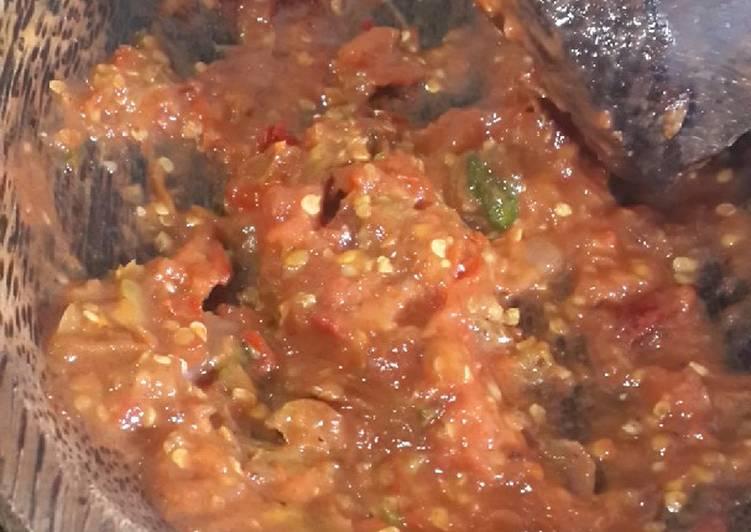 Resep Sambal tomat rebus oleh Arhafin - Cookpad