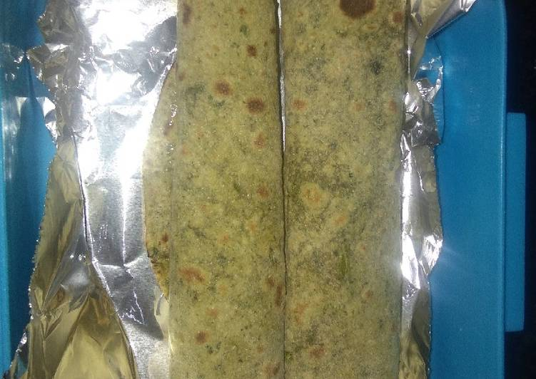 10 Minute Easiest Way to Make Blends Spinach roti roll