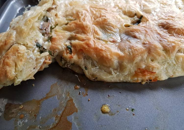 Easiest Way to Prepare Super Quick Homemade Three cheese, mushroom and onion roll