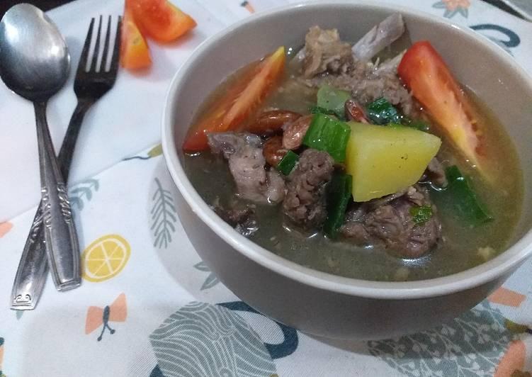 Sup kambing kacang merah