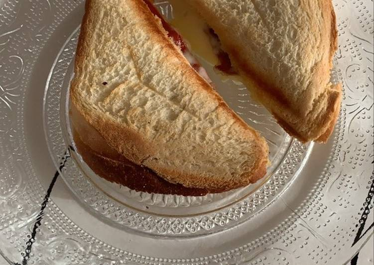 Sandwich toasté raclette/jambon de Serrano