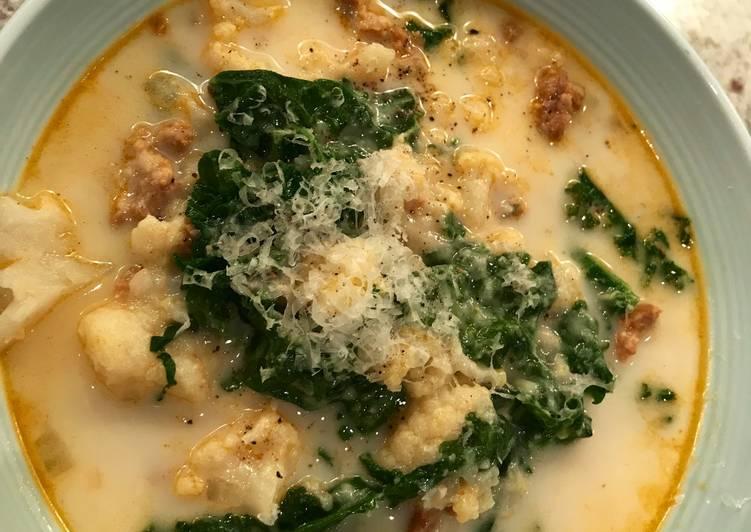 Instant Pot Low carb Zuppa Toscana soup