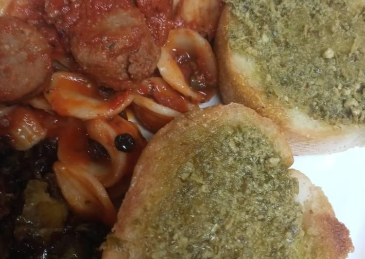 Orecchiette Pasta and Pesto Baguette