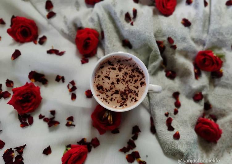 Vegan and sugar free hot chocolate