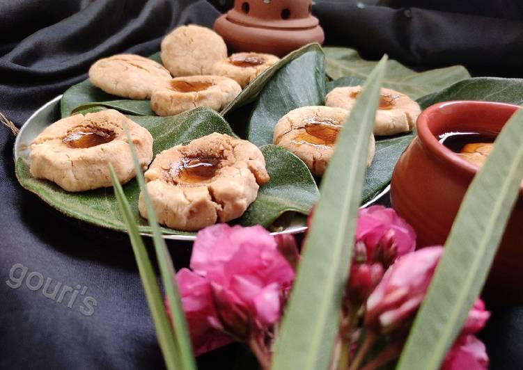 Nolen Gurer (Date Palm Jaggery) Cookies