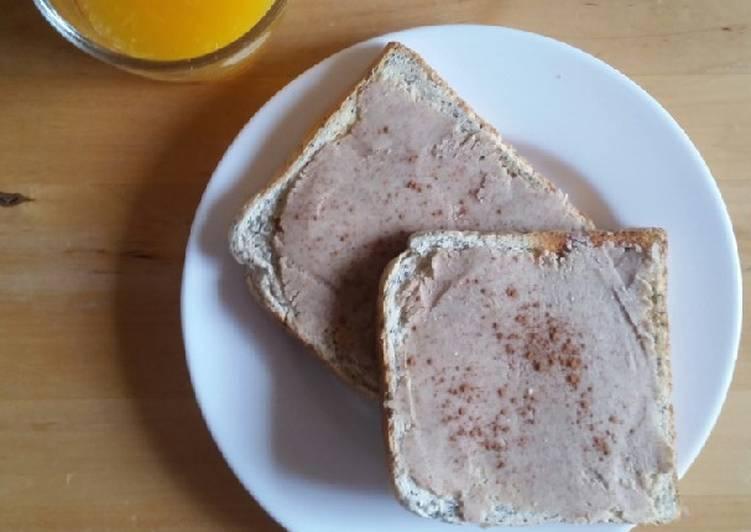 Merienda saludable rápida de tostadas con crema de cacahuetes 🥜